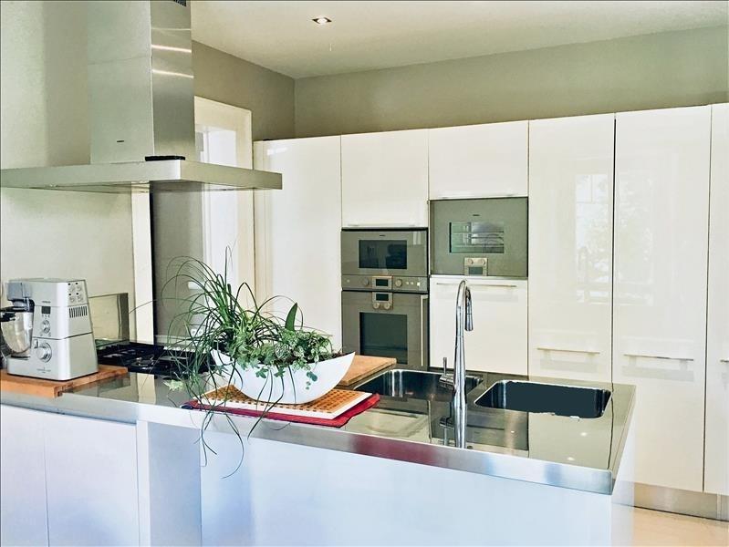 Deluxe sale house / villa Annemasse 1390000€ - Picture 3