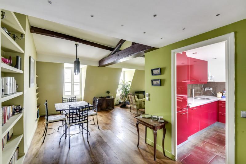 Vente de prestige appartement Paris 3ème 1270000€ - Photo 5