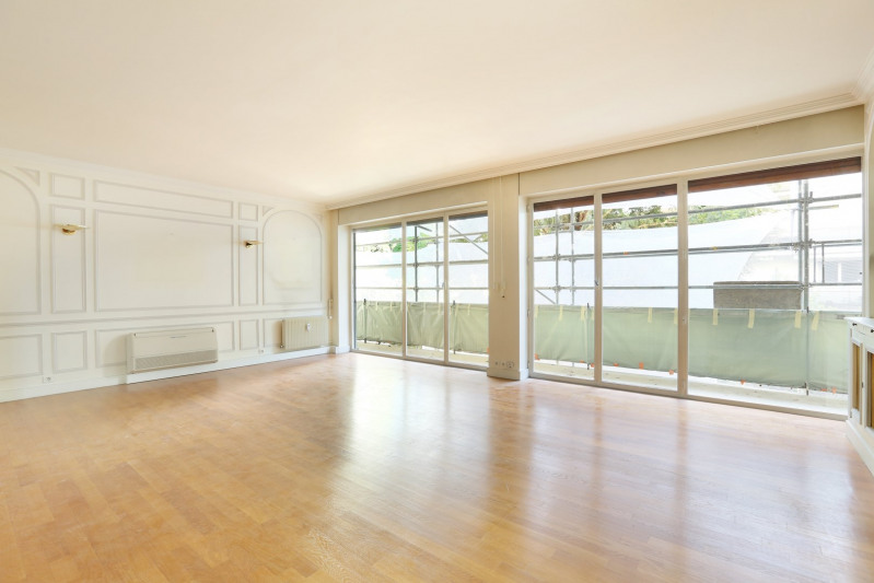 Deluxe sale apartment Neuilly-sur-seine 1350000€ - Picture 2