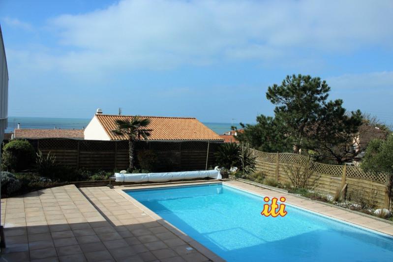 Deluxe sale house / villa Chateau d olonne 910000€ - Picture 1