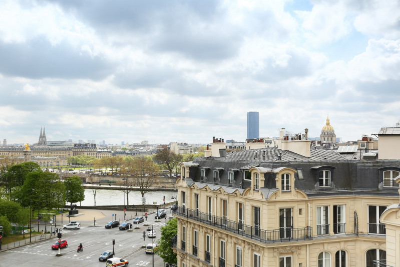 Paris 8th District – A two-bed apartment in a prime location.