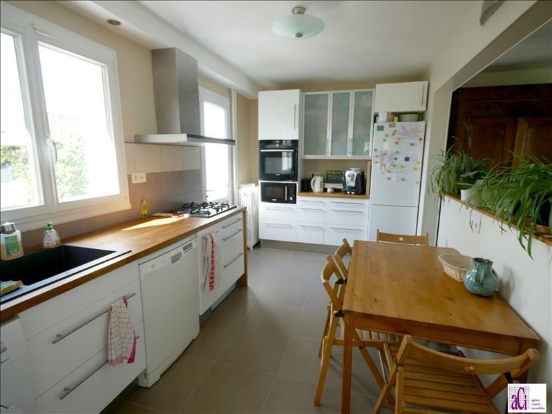 Sale house / villa L hay les roses 497000€ - Picture 6