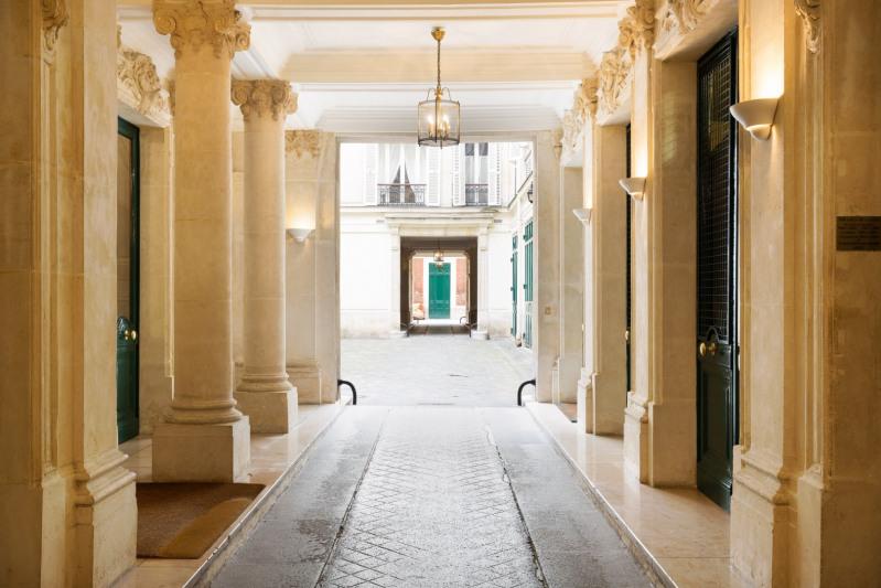 Deluxe sale apartment Paris 8ème 2500000€ - Picture 1