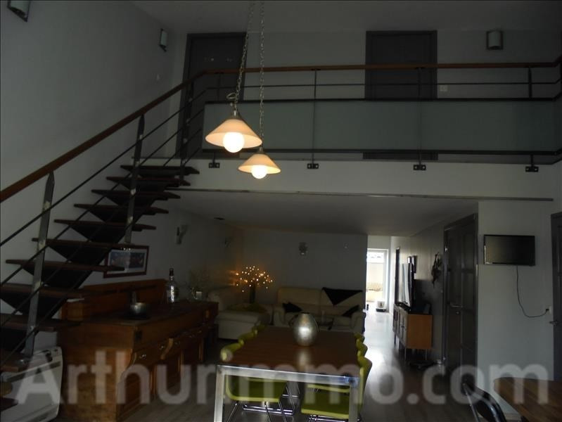 Location maison / villa Adissan 860€ CC - Photo 2
