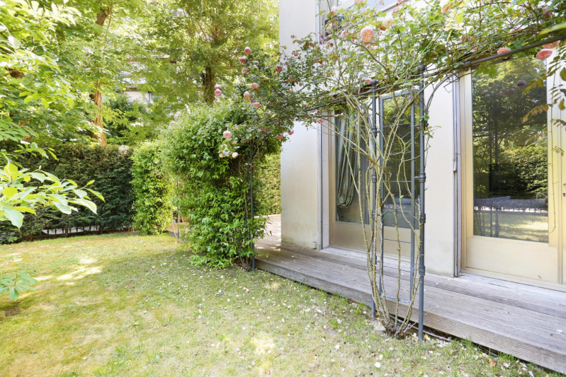 Deluxe sale apartment Neuilly-sur-seine 560000€ - Picture 7