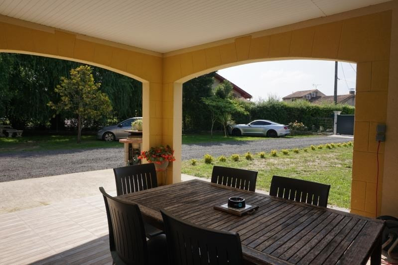 Sale house / villa St andre de cubzac 332800€ - Picture 2