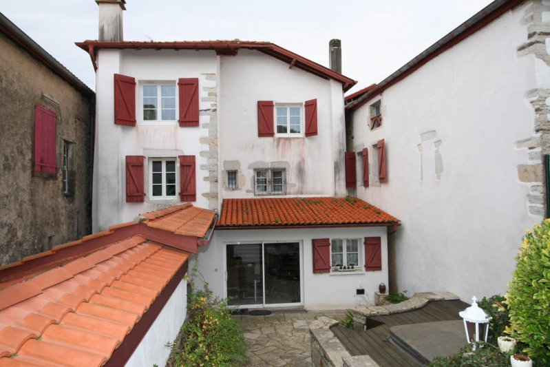 Vente maison / villa Bidache 288 000€ - Photo 1