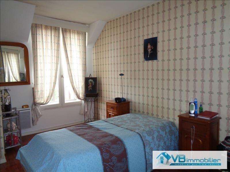 Vente maison / villa La queue en brie 447000€ - Photo 8