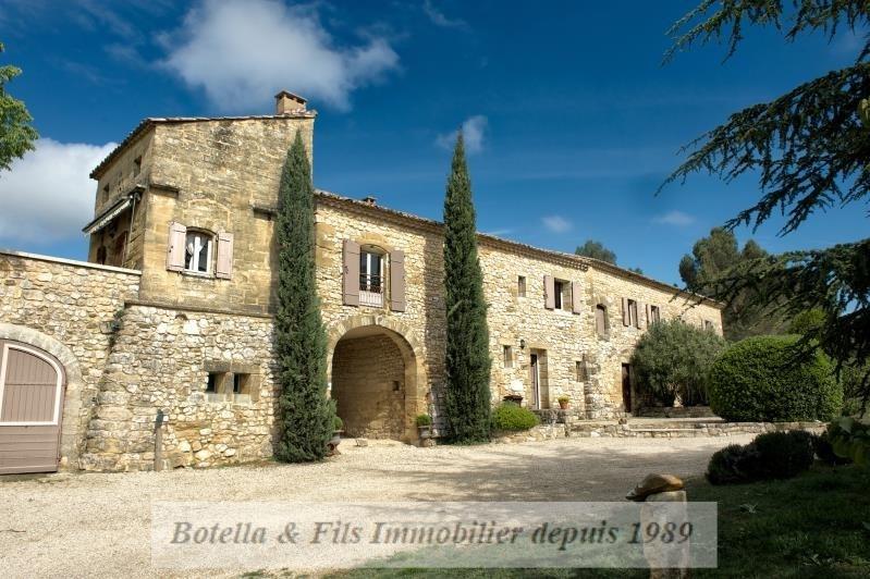 Vente de prestige maison / villa Uzes 2200000€ - Photo 1