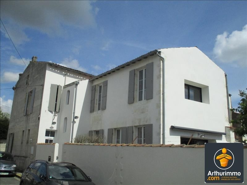 Sale house / villa St jean d angely 200450€ - Picture 1