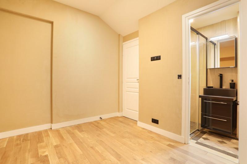 Vente de prestige appartement Paris 8ème 990000€ - Photo 8