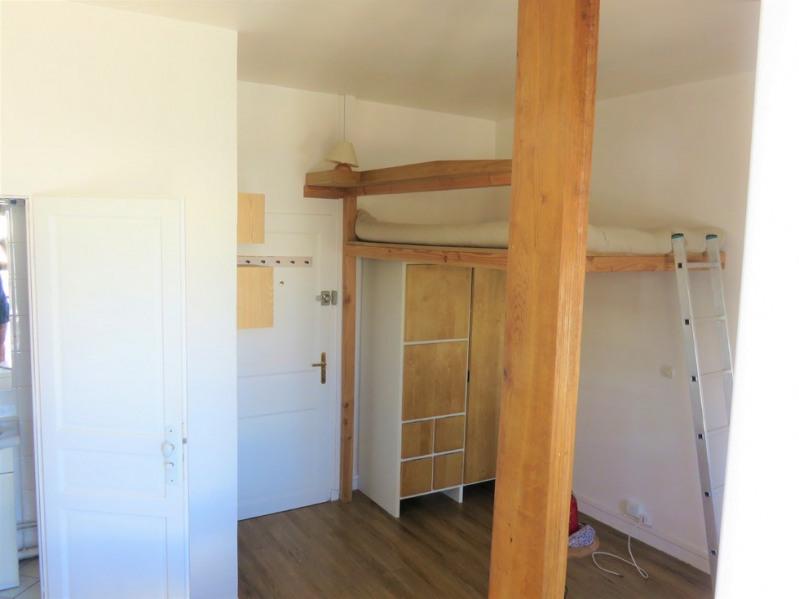 Location appartement Paris 9ème 850€ CC - Photo 5