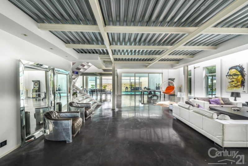 Deluxe sale house / villa Caen 850000€ - Picture 1