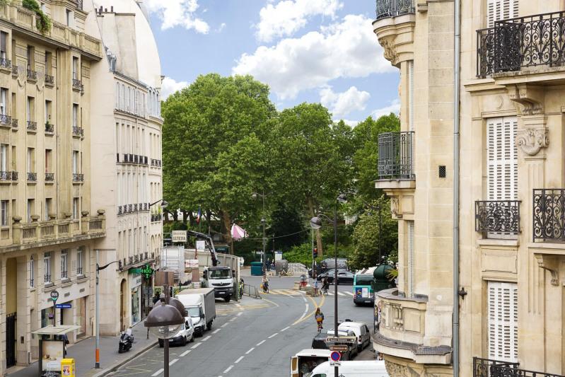 Deluxe sale apartment Paris 6ème 2800000€ - Picture 5