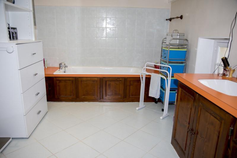Vente maison / villa Bollène 420000€ - Photo 9