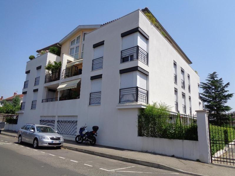 Location appartement Tassin la demi lune 900€cc - Photo 1