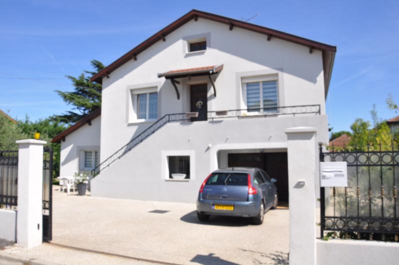 Vente maison / villa Décines 375000€ - Photo 2