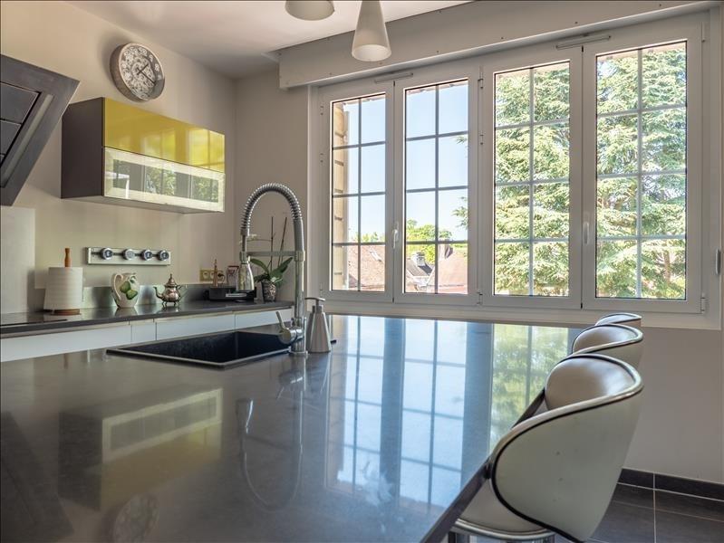 Sale house / villa St nom la breteche 990000€ - Picture 7