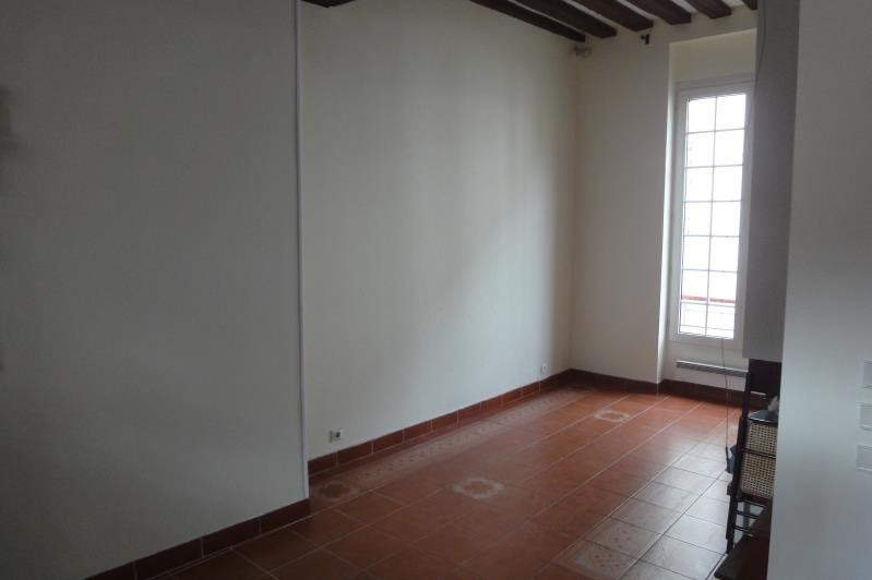 Rental apartment Paris 3ème 1560€ CC - Picture 1