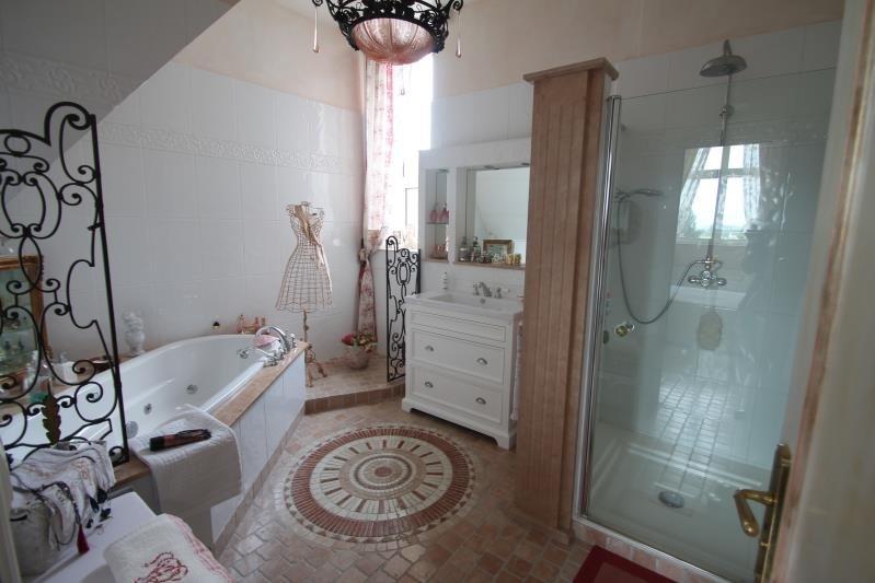 Sale house / villa Machault 580000€ - Picture 8