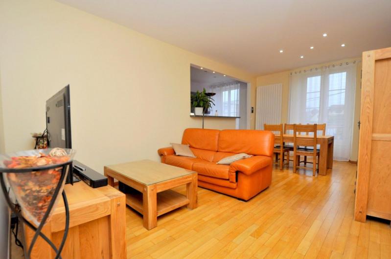 Sale house / villa Limours 279000€ - Picture 1