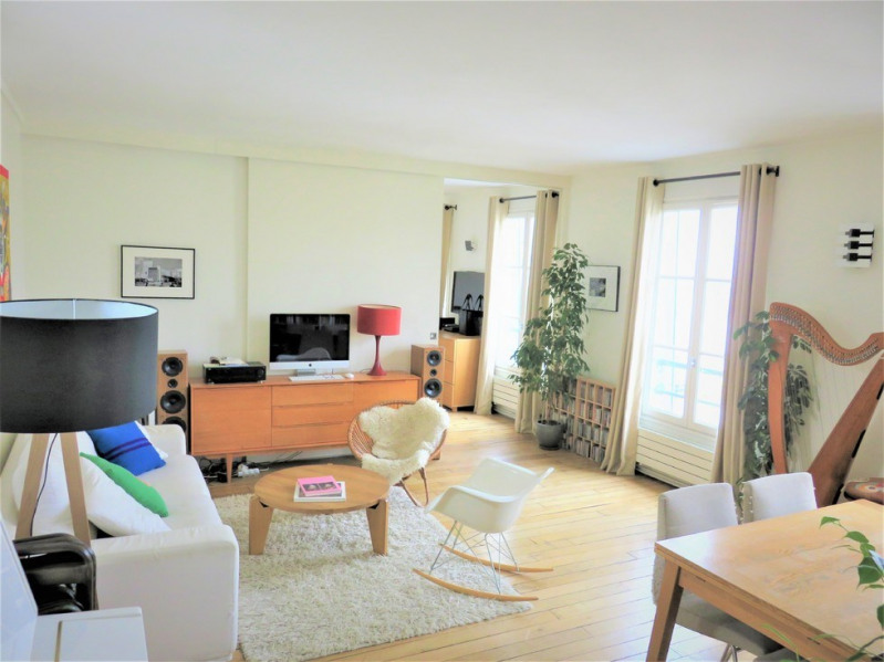 Vente de prestige appartement Paris 18ème 1045000€ - Photo 2