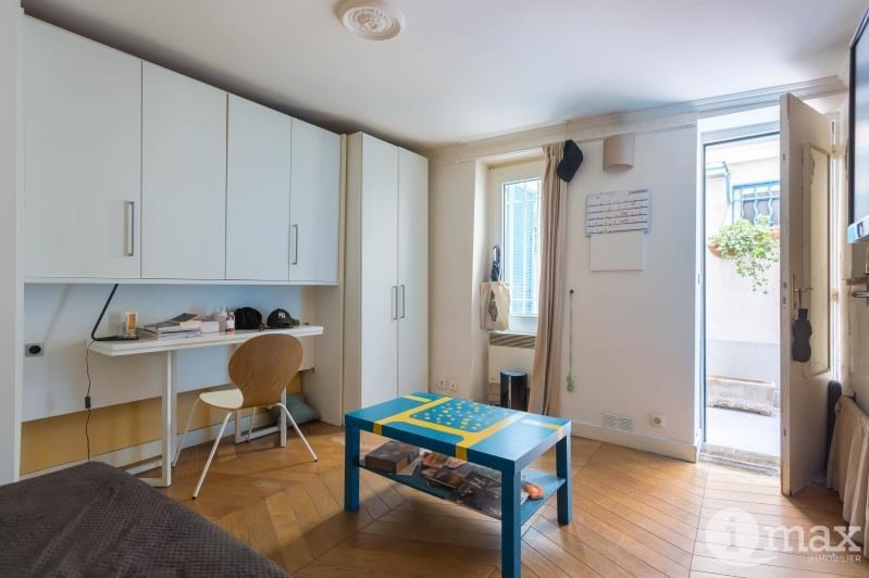 Sale apartment Paris 18ème 180000€ - Picture 1