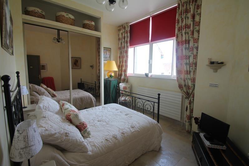 Sale house / villa Machault 580000€ - Picture 9