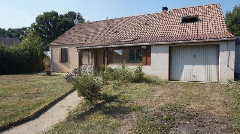 Sale house / villa Breval 200000€ - Picture 1