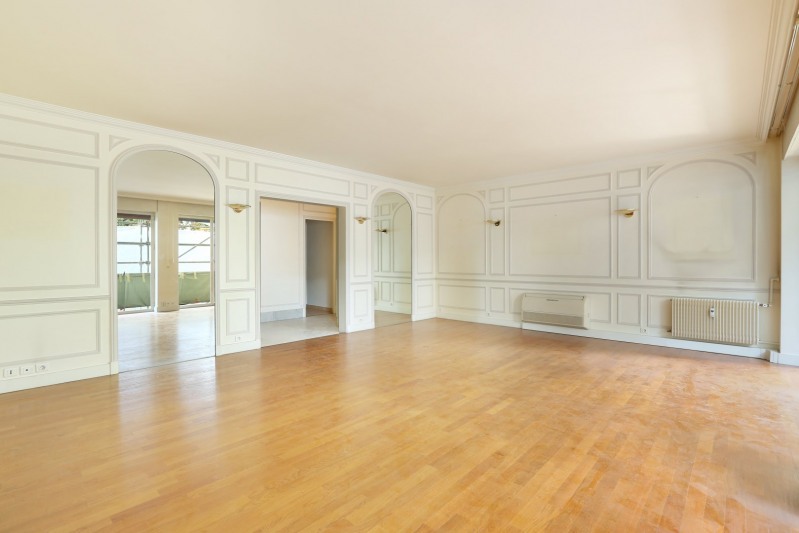 Deluxe sale apartment Neuilly-sur-seine 1350000€ - Picture 3