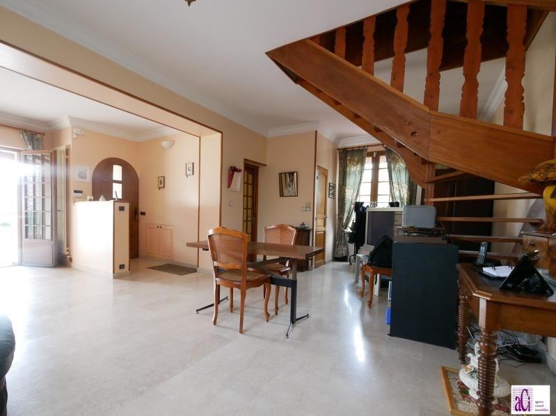 Vente maison / villa L hay les roses 585000€ - Photo 4