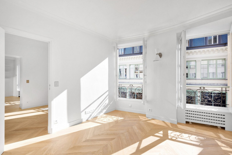 Deluxe sale apartment Paris 7ème 1890000€ - Picture 2