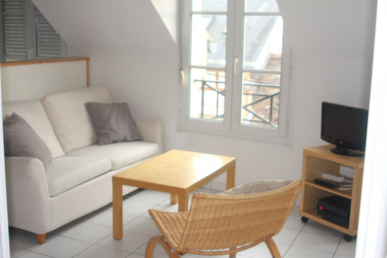 Rental apartment Fontainebleau 795€ CC - Picture 1