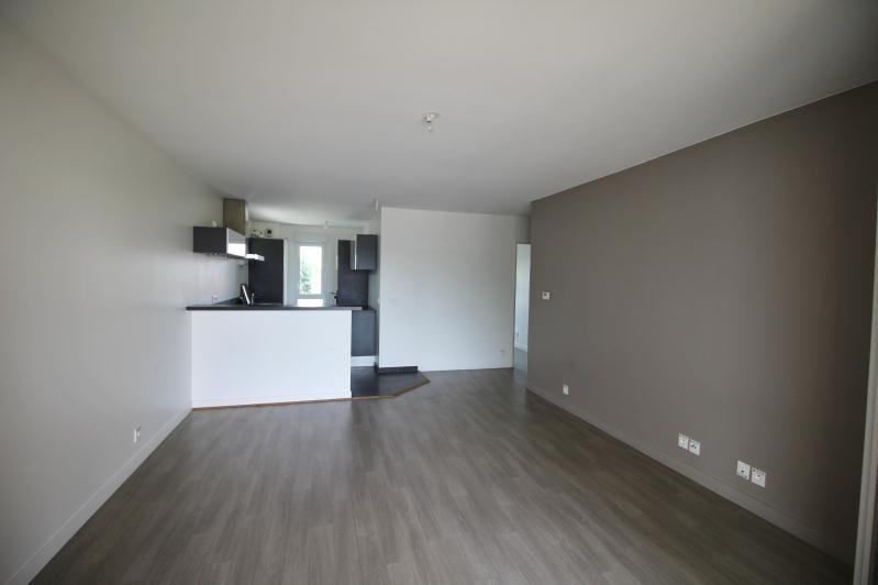 Rental apartment Chatou 1450€ CC - Picture 2