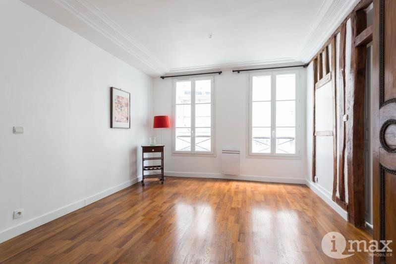 Sale apartment Paris 3ème 315000€ - Picture 2