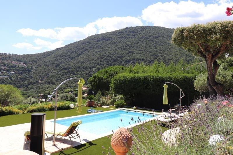 Deluxe sale house / villa Cavalaire sur mer 698000€ - Picture 8