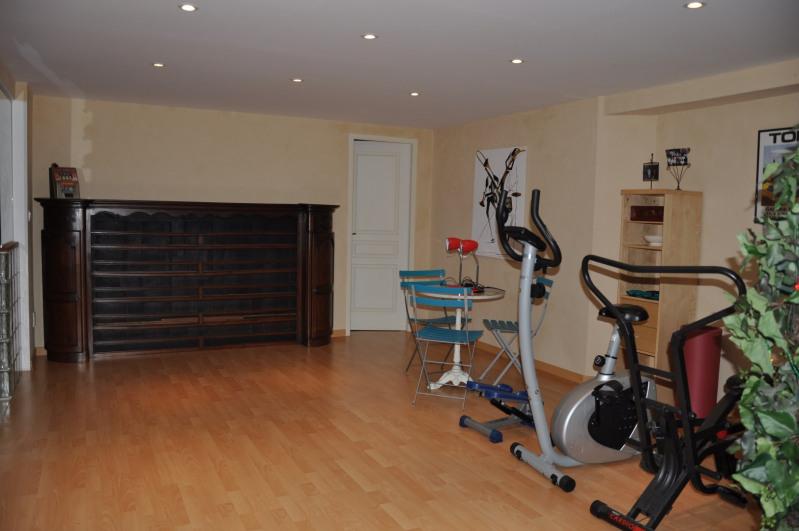 Sale house / villa Pommiers 565000€ - Picture 11
