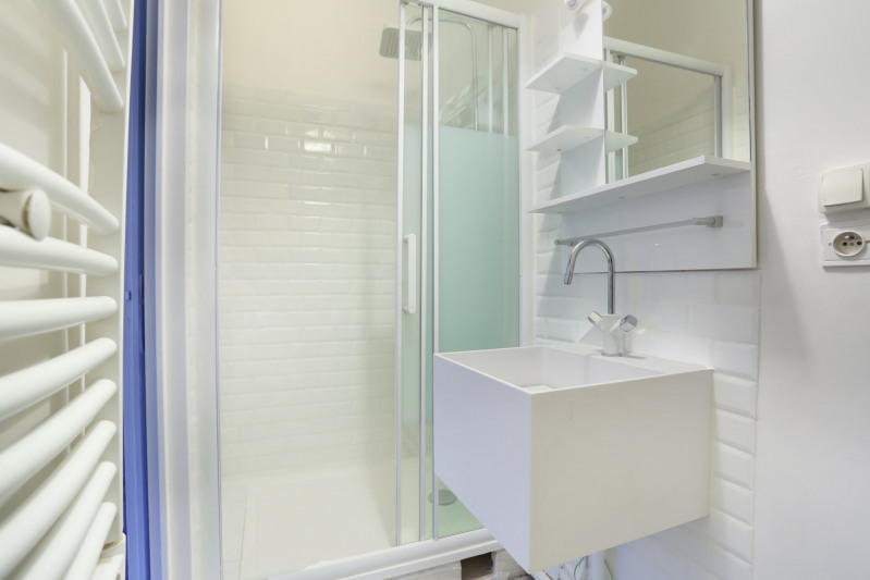Deluxe sale apartment Neuilly-sur-seine 330000€ - Picture 10