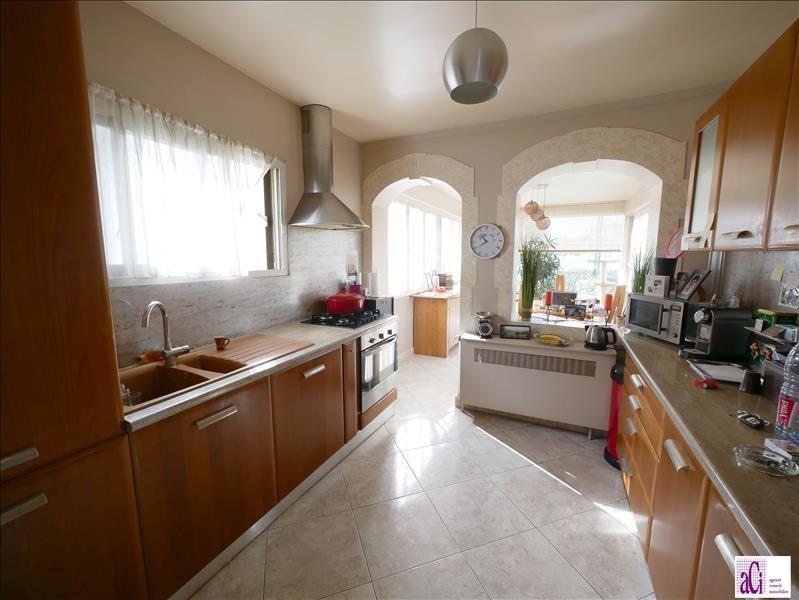 Sale house / villa L hay les roses 648000€ - Picture 5