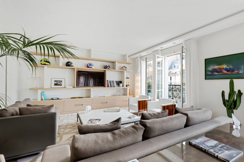 Deluxe sale apartment Paris 8ème 5 750 000€ - Picture 2