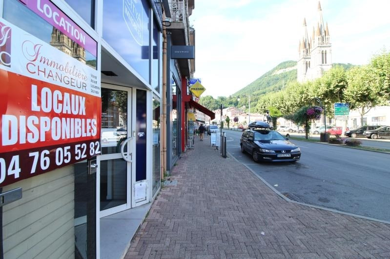 Location local commercial Voiron 650€ HT/HC - Photo 3