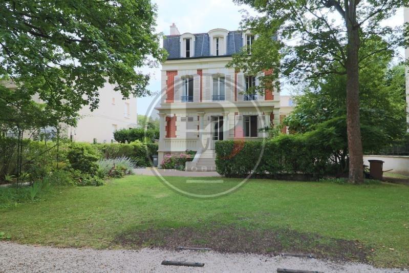 Revenda residencial de prestígio casa Le vesinet 1510000€ - Fotografia 1