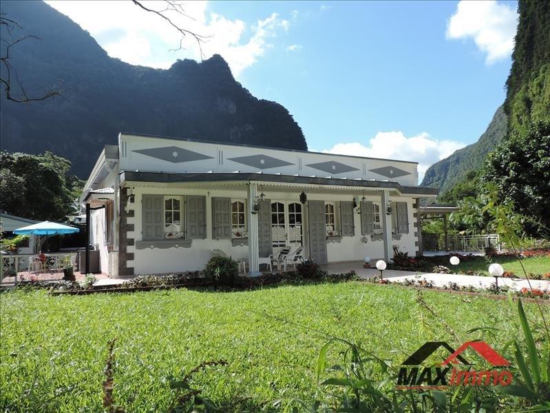 Vente maison / villa Salazie 438900€ - Photo 1