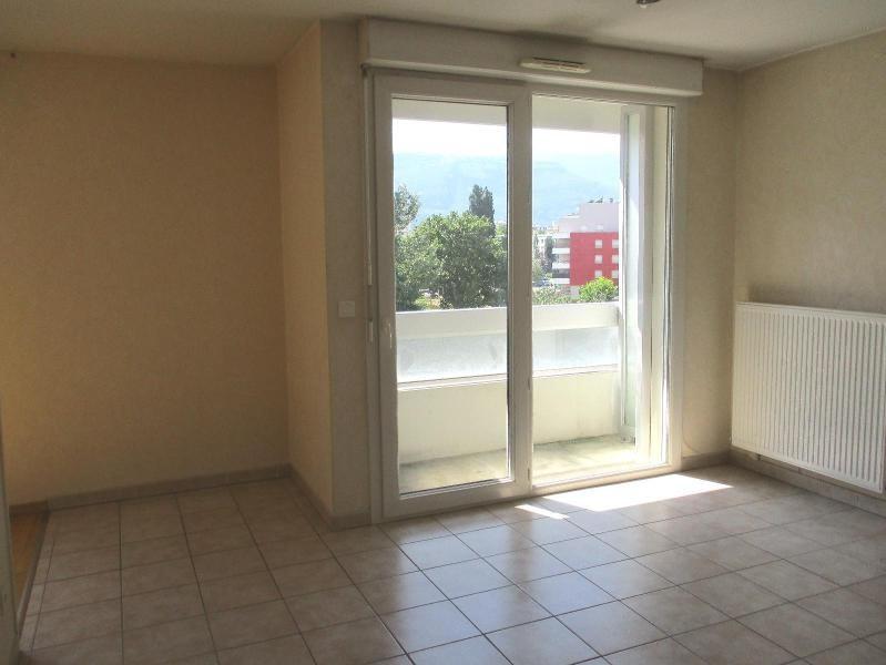 Location appartement Grenoble 425€ CC - Photo 3