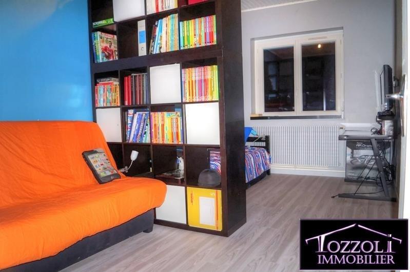 Sale house / villa Villefontaine 202000€ - Picture 6