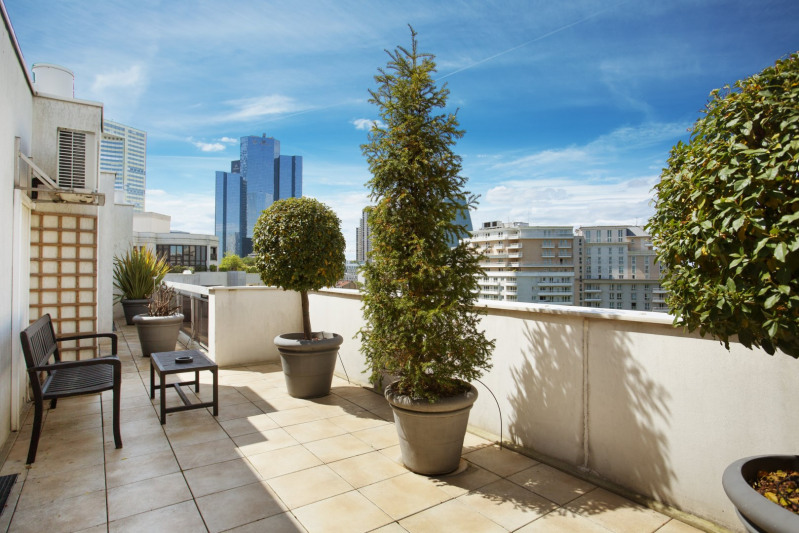 Deluxe sale apartment Neuilly-sur-seine 1680000€ - Picture 9