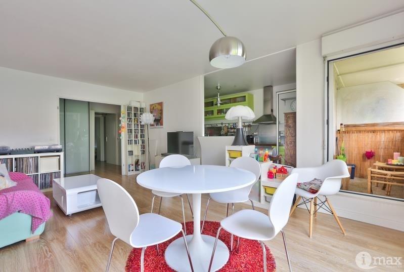 Sale apartment Paris 18ème 660000€ - Picture 3