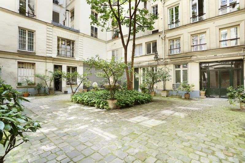 Vente de prestige appartement Paris 1er 1525000€ - Photo 6