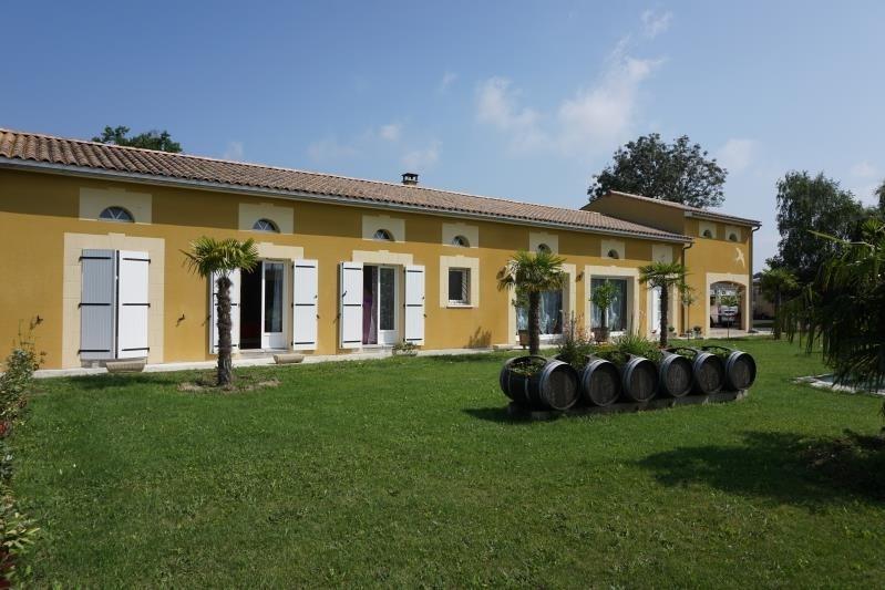 Sale house / villa St andre de cubzac 332800€ - Picture 1