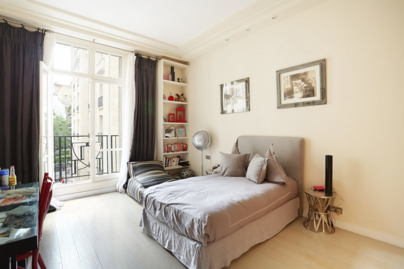 Deluxe sale apartment Neuilly-sur-seine 1910000€ - Picture 9